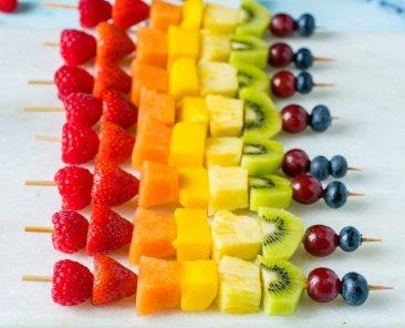 fruit-skewers