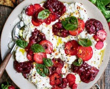 Burrata-with-Balsamic-Strawberries-Basil-6-1024x819